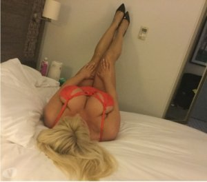Yoleine high end escorts Lancaster, OH
